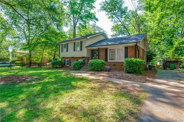2208 Rocky Knoll Drive, Charlotte, NC 28210 (#3627724) :: High Performance Real Estate Advisors
