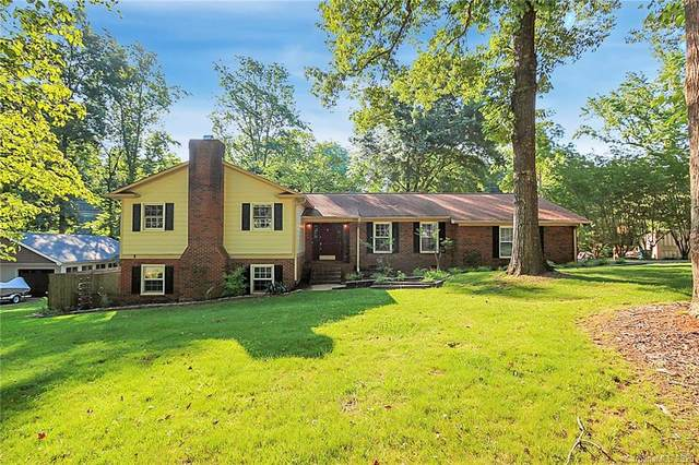 7500 Pine Lake Lane, Mint Hill, NC 28227 (#3627987) :: Robert Greene Real Estate, Inc.