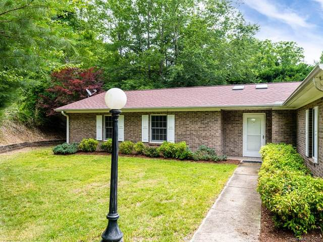 54 Chestnut Lane, Hendersonville, NC 28792 (#3630284) :: Stephen Cooley Real Estate Group