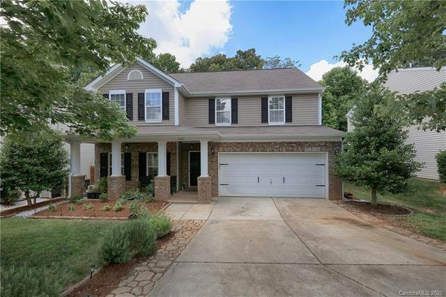 2421 Marthas Ridge Drive, Statesville, NC 28625 (#3630307) :: Carlyle Properties