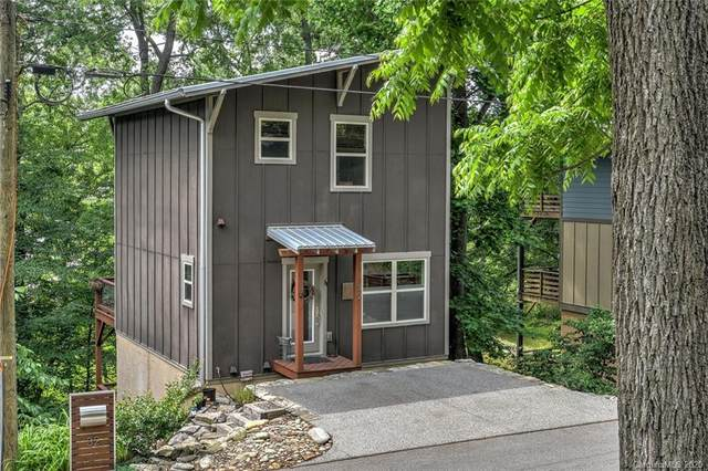 32 Moore Avenue, Asheville, NC 28806 (#3630486) :: Carlyle Properties
