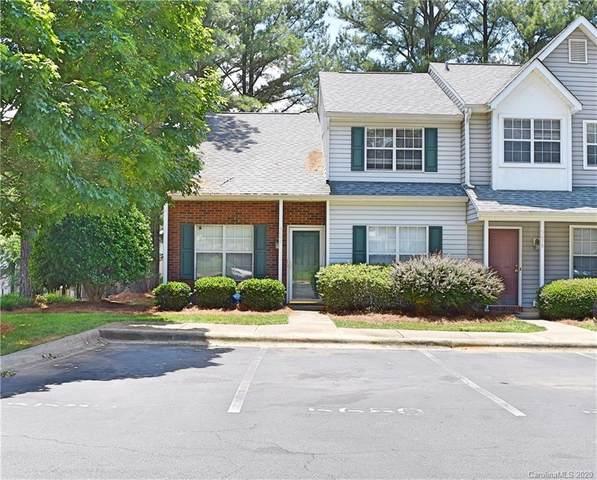 5680 Prescott Court, Charlotte, NC 28269 (#3630726) :: Rowena Patton's All-Star Powerhouse