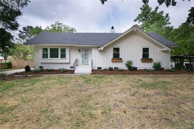 3226 Spring Valley Road, Charlotte, NC 28210 (#3630854) :: Robert Greene Real Estate, Inc.