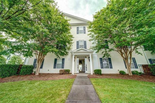 6409 Town Hall Place, Harrisburg, NC 28075 (#3632757) :: Mossy Oak Properties Land and Luxury