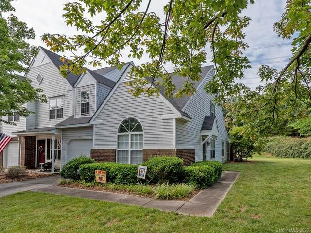 9704 Elizabeth Townes Lane, Charlotte, NC 28277 (#3633193) :: Robert Greene Real Estate, Inc.