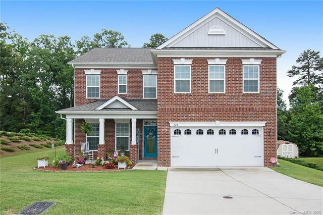 828 Oak Embers Drive, Concord, NC 28025 (#3633217) :: Carlyle Properties