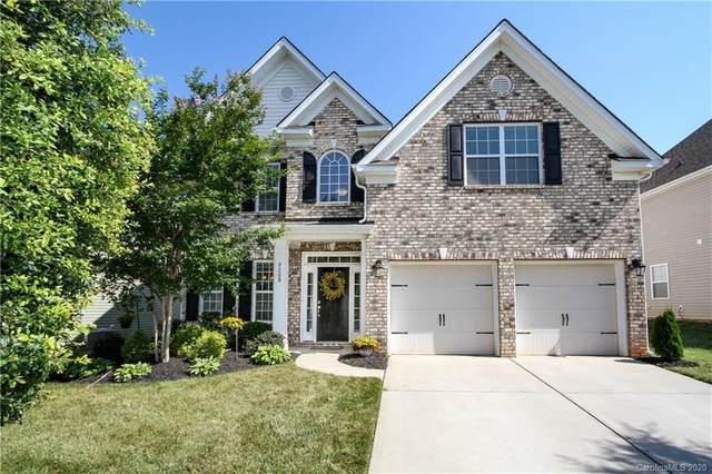 9208 Inverness Bay Road, Charlotte, NC 28278 (#3633560) :: Carlyle Properties