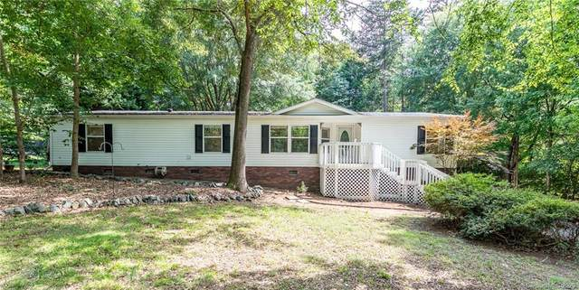 4100 Eagle Chase Drive, Charlotte, NC 28214 (#3633861) :: Homes with Keeley | RE/MAX Executive