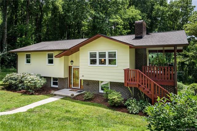 25 Pisgah Shadows Way, Hendersonville, NC 28739 (#3634107) :: Keller Williams Professionals