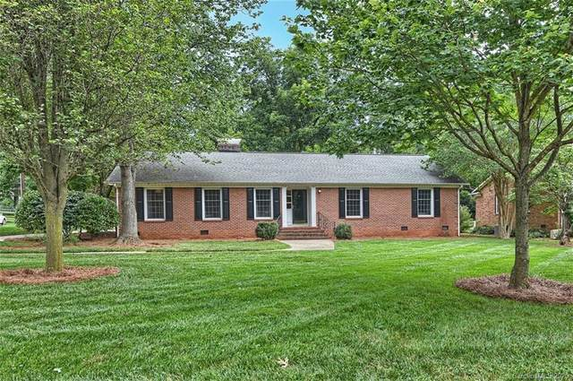 300 Wingrave Drive, Charlotte, NC 28270 (#3635436) :: Carlyle Properties