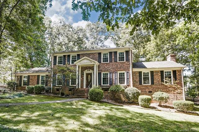 10832 Chestnut Hill Drive, Matthews, NC 28105 (#3635834) :: Stephen Cooley Real Estate Group