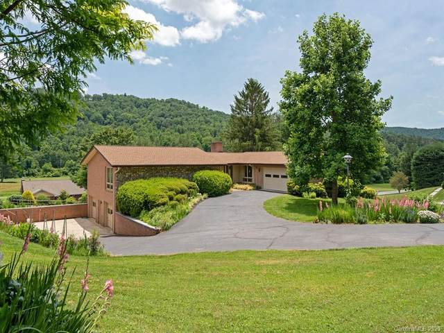 220 Northfield Court, Hendersonville, NC 28739 (#3635867) :: TeamHeidi®