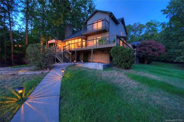 18028 Broken Woods Road, Charlotte, NC 28278 (#3636011) :: Carlyle Properties