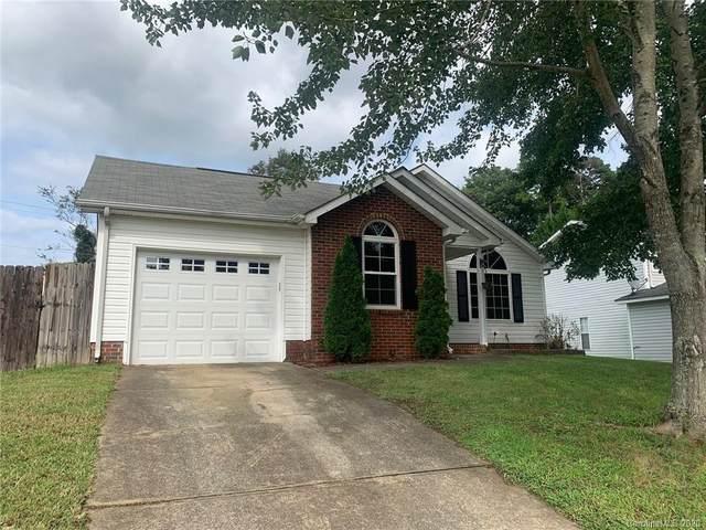 3900 Cedar Bark Drive, Matthews, NC 28105 (#3636137) :: Homes with Keeley | RE/MAX Executive