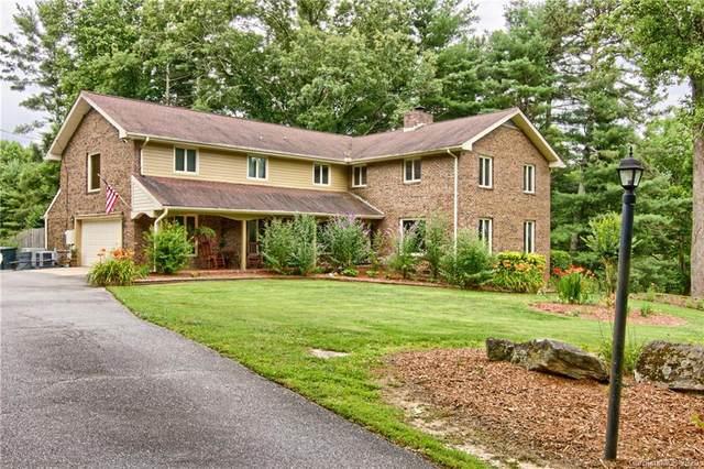 111 Rockwood Lane, Hendersonville, NC 28792 (#3636345) :: The Elite Group