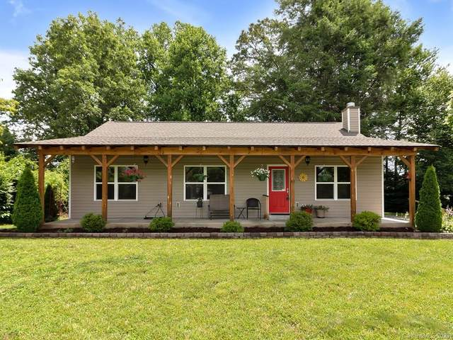 33 Summit Avenue, Brevard, NC 28712 (#3636376) :: Keller Williams Professionals