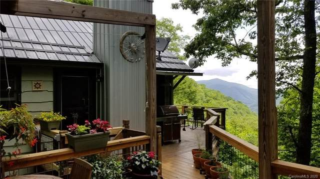 39 Moonshine Holler Road, Maggie Valley, NC 28751 (#3636530) :: Rowena Patton's All-Star Powerhouse