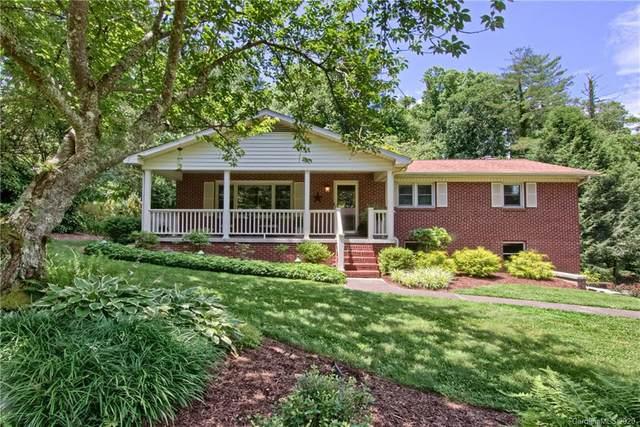 122 Sir Galahad Drive, Hendersonville, NC 28791 (#3636584) :: High Performance Real Estate Advisors