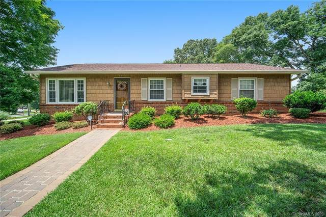 1012 Meadowlark Lane, Concord, NC 28025 (#3637224) :: The Premier Team at RE/MAX Executive Realty