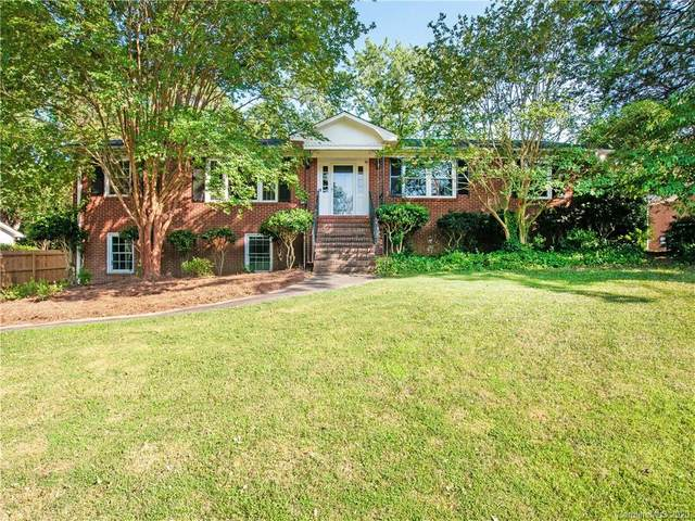 7407 Folger Drive, Charlotte, NC 28226 (#3637390) :: Miller Realty Group
