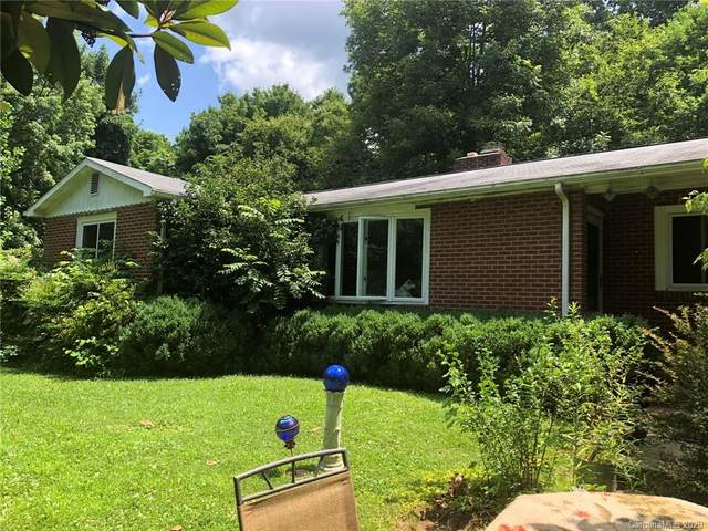 206 Old Chimney Rock Road, Hendersonville, NC 28792 (#3637534) :: Carlyle Properties