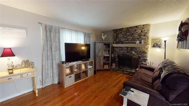 4 Apple Blossom Lane, Hendersonville, NC 28792 (#3637907) :: Wilkinson ERA Real Estate