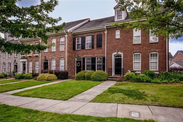 17010 Summers Walk Boulevard, Davidson, NC 28036 (#3638140) :: Odell Realty