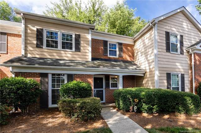 9451 Kings Falls Drive, Charlotte, NC 28210 (#3638187) :: Carolina Real Estate Experts
