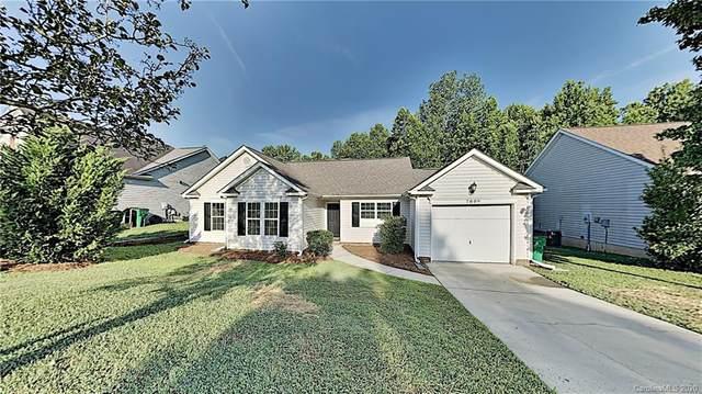 7809 Ebony Road, Charlotte, NC 28216 (#3638502) :: Austin Barnett Realty, LLC
