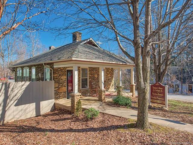 33 Pigeon Street, Waynesville, NC 28786 (#3638583) :: Keller Williams South Park