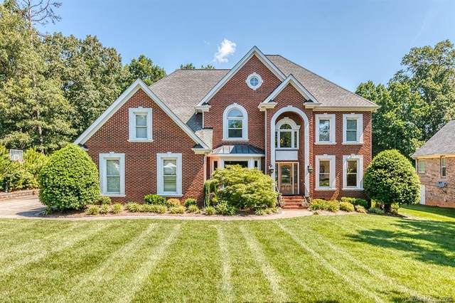 7335 Olde Sycamore Drive, Mint Hill, NC 28227 (#3638974) :: Homes with Keeley | RE/MAX Executive