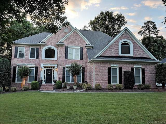 17304 Royal Court Drive, Davidson, NC 28036 (#3639260) :: Zanthia Hastings Team