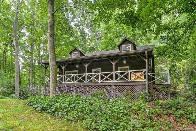 102 Quail Hollow Road 4 And 5, Hendersonville, NC 28739 (#3639875) :: Caulder Realty and Land Co.