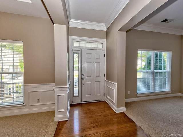 8241 Cottsbrooke Drive, Huntersville, NC 28078 (#3639929) :: Homes with Keeley | RE/MAX Executive