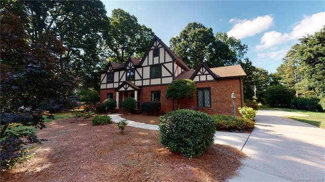 607 Greenbrook Parkway, Matthews, NC 28104 (#3639955) :: Carolina Real Estate Experts