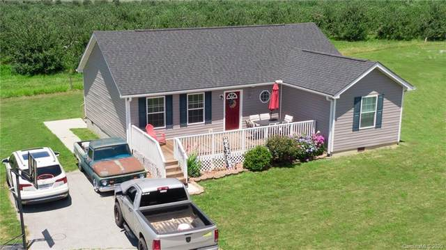 60 Common Ground Drive, Flat Rock, NC 28731 (#3640221) :: The Mitchell Team