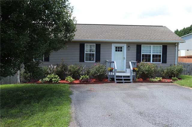 60 Alexander Heritage Drive, Hickory, NC 28601 (#3640390) :: Rinehart Realty