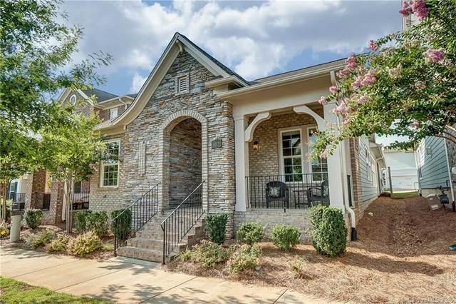 4913 Providence Country Club Drive, Charlotte, NC 28277 (#3641742) :: Rinehart Realty