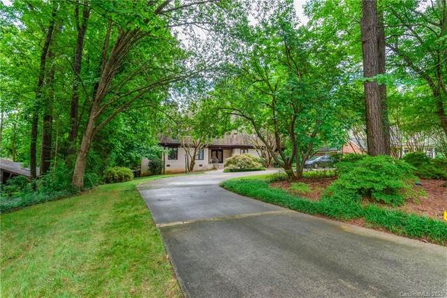 925 Sumac Drive, Charlotte, NC 28211 (#3641793) :: Premier Realty NC