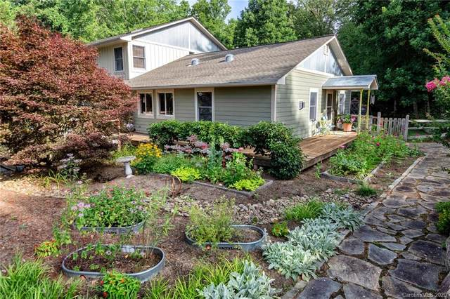 414 Old Haw Creek Road, Asheville, NC 28805 (MLS #3642107) :: RE/MAX Journey