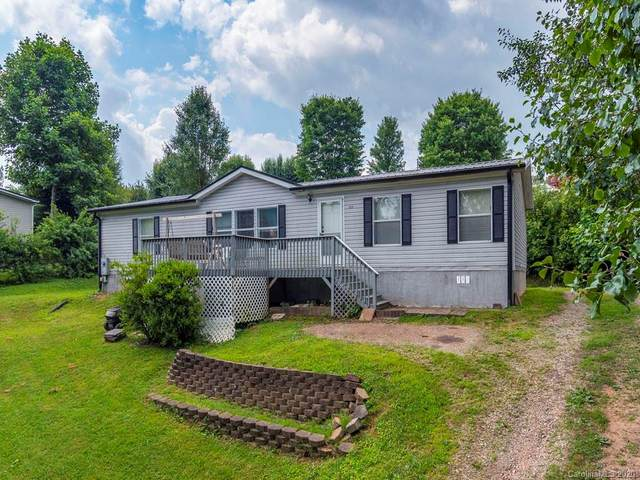 122 Beaver Creek Circle, Candler, NC 28715 (#3642949) :: LePage Johnson Realty Group, LLC