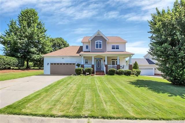 8503 Castle Cliff Drive, Matthews, NC 28105 (#3644201) :: Mossy Oak Properties Land and Luxury