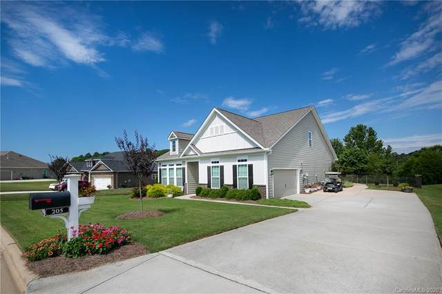 205 Hunters Hill Drive, Statesville, NC 28677 (#3645185) :: Rinehart Realty