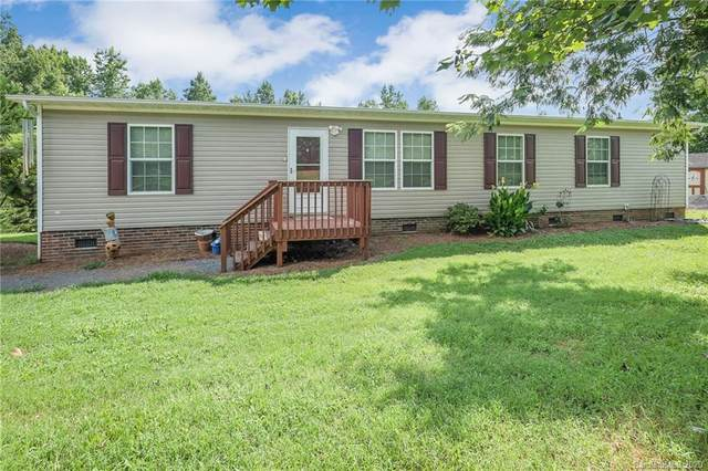 10401 Singletree Lane, Davidson, NC 28036 (#3645437) :: IDEAL Realty
