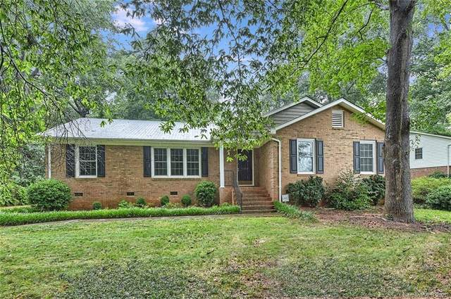 14159 Creekside Drive, Matthews, NC 28105 (#3646321) :: Ann Rudd Group