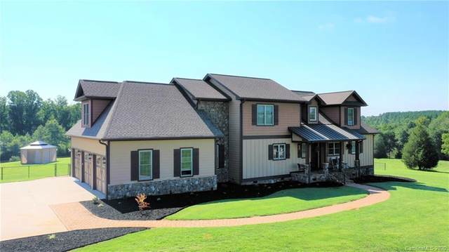 135 Younger Farms Road, Campobello, SC 29322 (#3646561) :: LePage Johnson Realty Group, LLC