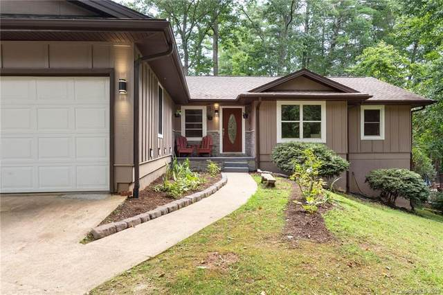 24 Saint Andrews Road, Arden, NC 28704 (#3646894) :: Rowena Patton's All-Star Powerhouse