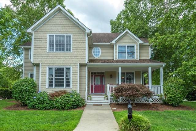 1704 W Olmsted Circle, Asheville, NC 28803 (#3647035) :: Rinehart Realty