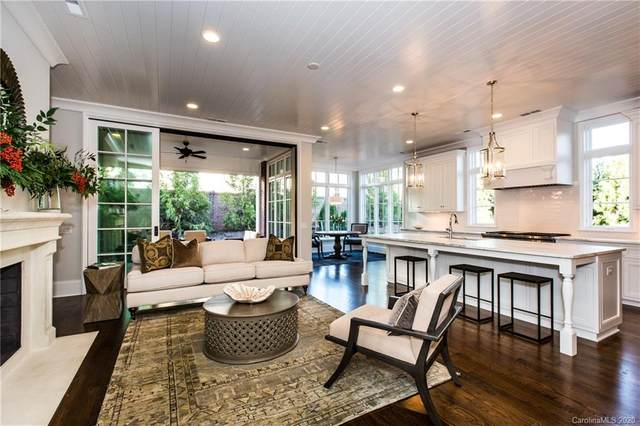 113 Huntley Place #113, Charlotte, NC 28207 (#3647180) :: MartinGroup Properties