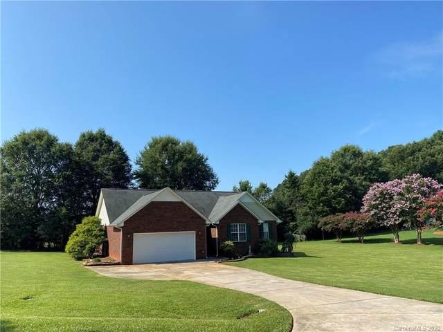 5907 Charlton Oaks Drive, Waxhaw, NC 28173 (#3647341) :: Rinehart Realty